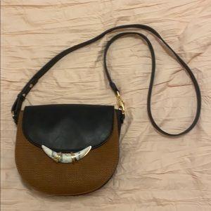 Stella&Dot Black and brown horn Saddle bag
